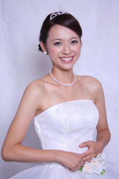 花嫁 ヘアアレンジ ティアラ