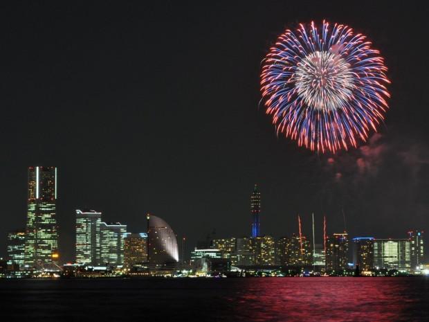 横浜開港祭 花火 レストラン